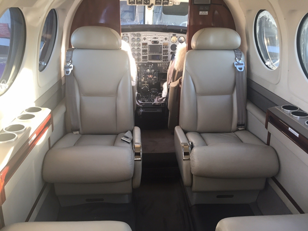 BEECHCRAFT KING AIR C90GT 2007