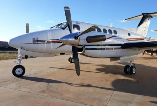 BEECHCRAFT KING AIR B200 1984