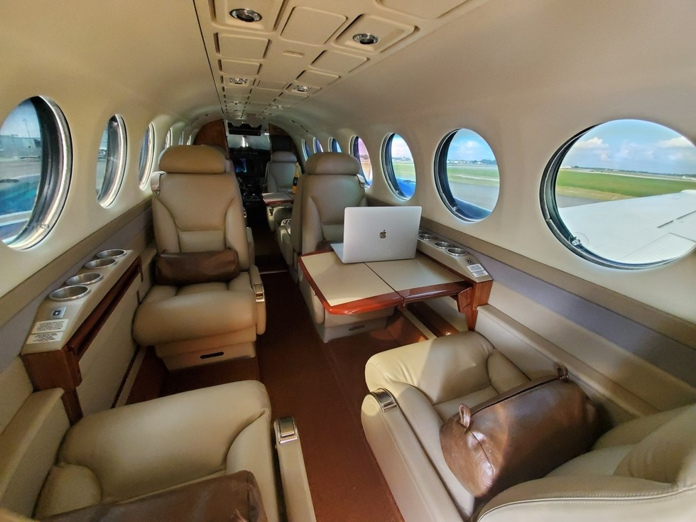 BEECHCRAFT KING AIR 350 2006