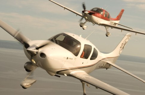 Cirrus Aircraft e Red Bull Air Races anunciam parceria mundial
