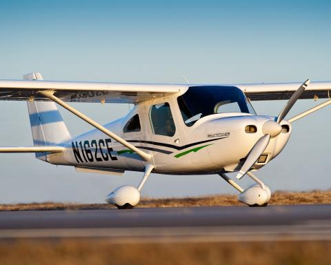 Cessna Skycatcher no ar